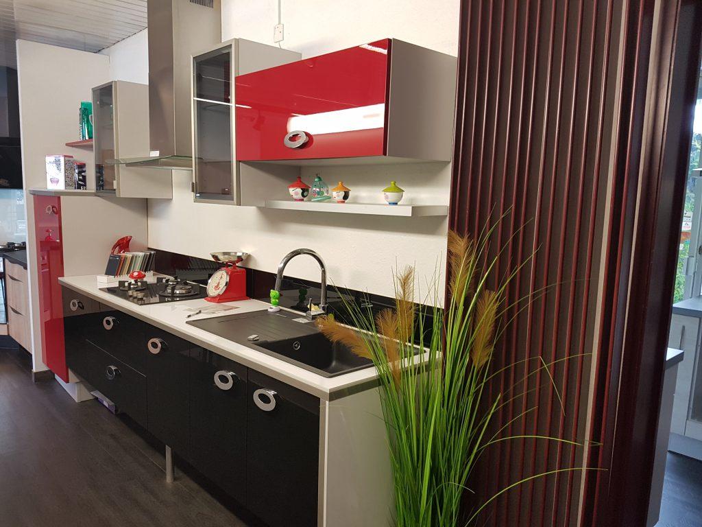 cuisine plus aubiere simple le plan de travail en granit cuisine en granit with plan de travail. Black Bedroom Furniture Sets. Home Design Ideas